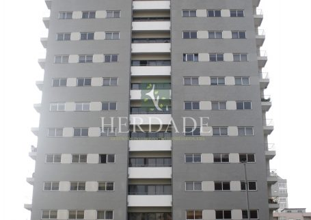 Apartamento T1+1 – São Victor (Braga)